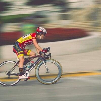 Abbigliamento da ciclismo: quale abbigliamento indossare e quando
