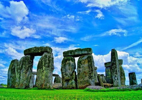 Attrazioni turistiche del Regno Unito: noleggia un'auto per visitarle